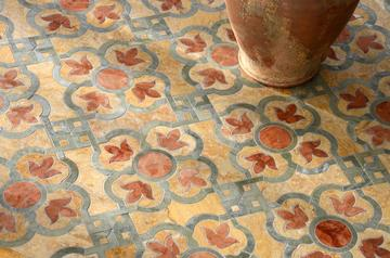 Jaen pattern designed by Paul Schatz